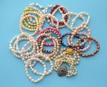 Large Lot of Fresh Water Pearl Bracelets