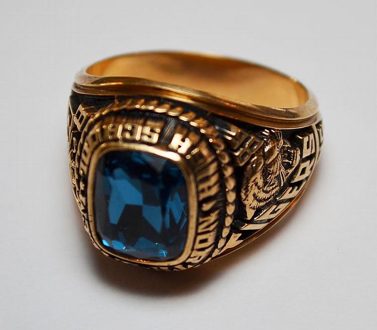 Large Jostens 10K Gold North Salem Vintage Class Ring