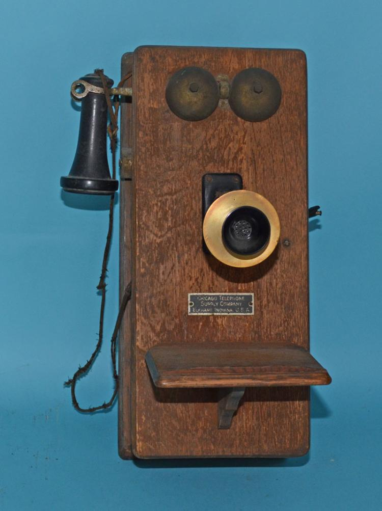 Vintage Oak Case Chicago Telephone