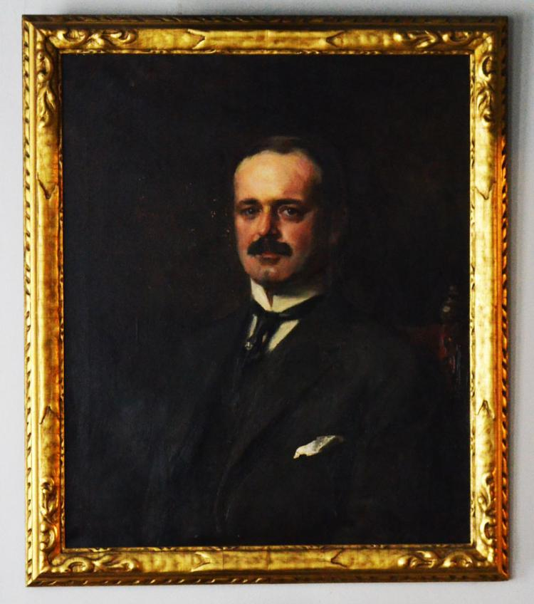 1913 Irving Ramsey Wiles Portrait of a  Dr Hollister