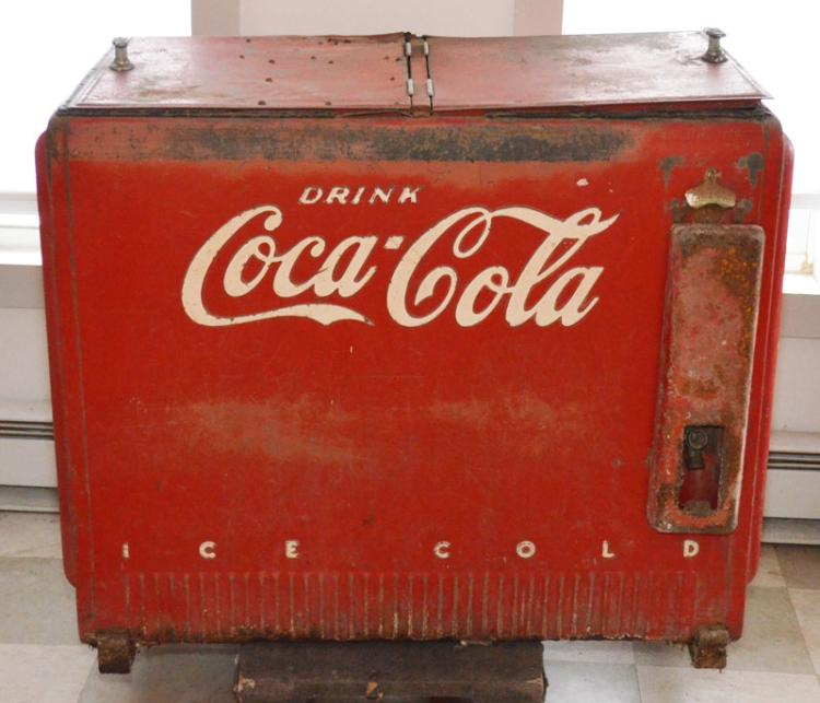 1940 electric coca cola cooler chest. Black Bedroom Furniture Sets. Home Design Ideas