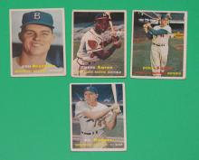 17-1950's Topps Baseball Cards(Snider Aaron, Drysdale)