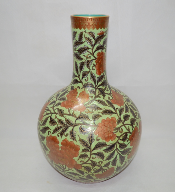 Chinese Famille Rose Tianqiuping Vase
