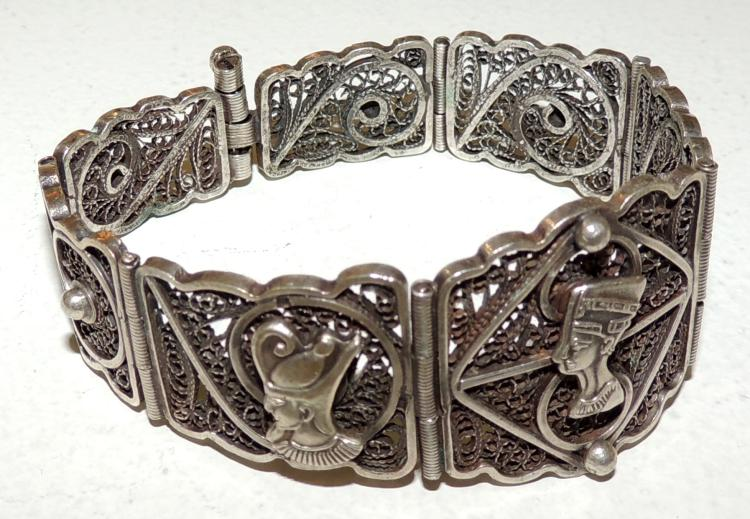 EGYPTIAN BRACELET in silver and filigree with detail of sphinxes.