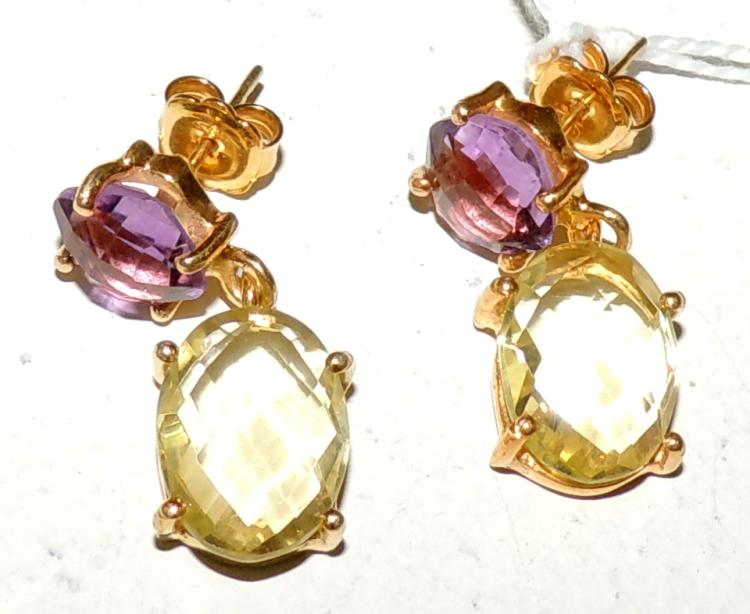 EARRINGS in gold-plated silver with amethyst and multifaceted citrines. Snap closure. Length: 2.5 cm.
