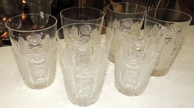 6 GLASS COLLECTION in carved Bohemian crystal.