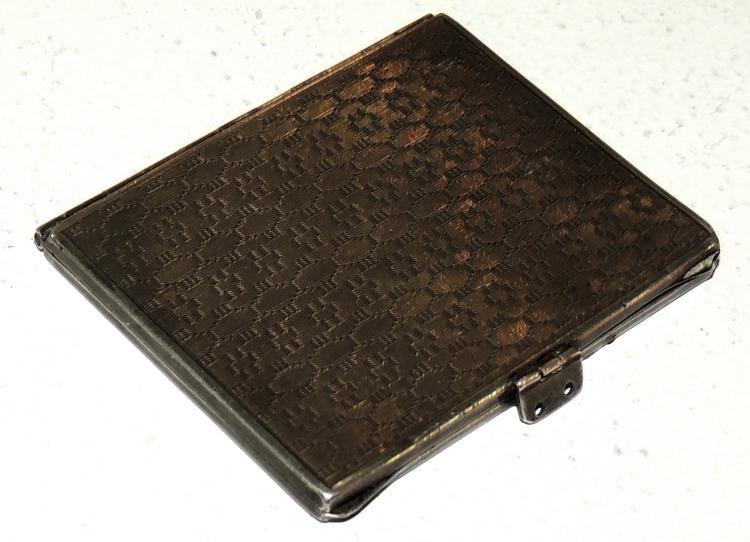 BEARINGS PRINTERS.XX in chiseled silver.Measures: 5.5x4.5 cm.