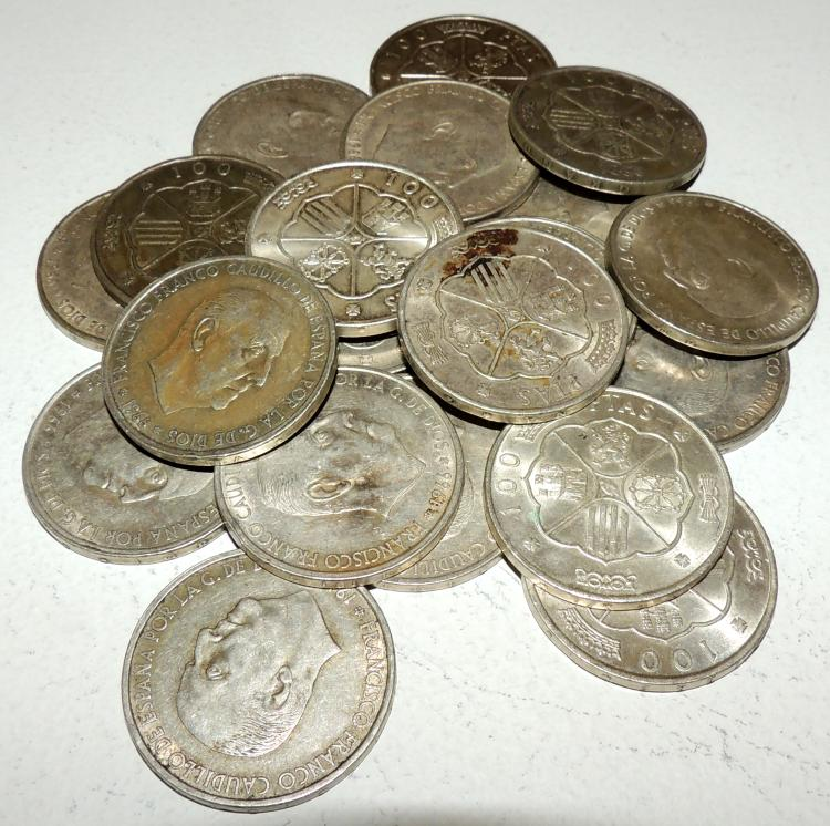 COLLECTION OF 20 COINS in silver, year 1967.