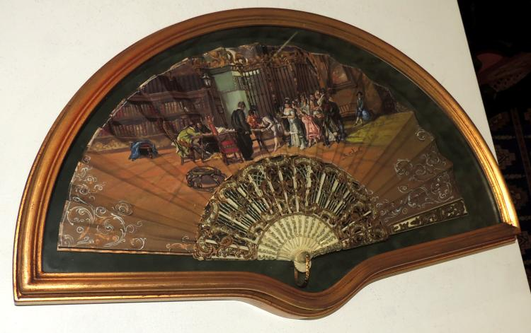 FAN IN FANBOX rod in bone and country painted and signed R. Cabrellas.