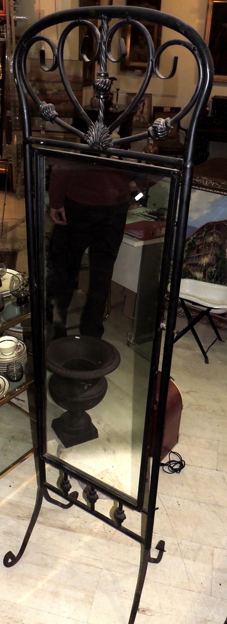 MIRROR VESSEL tilting in iron.Measures: 175x46 cm.
