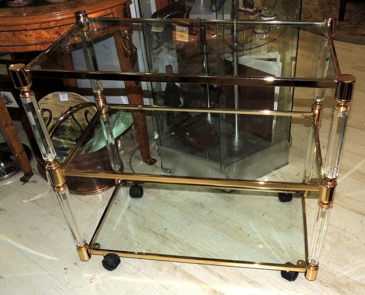 TABLE three levels in methacrylate, glass and gold metal. Measures: 78x82x43 cm.