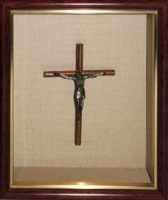 FRAMED SILVER CRUCIFIED CHRIST FIGURINE