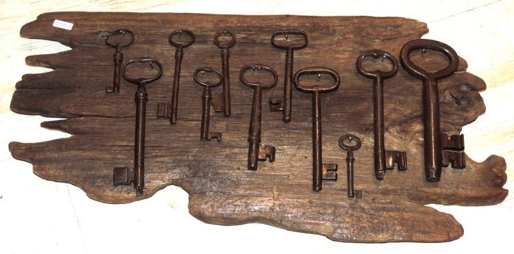 Colecci n de 11 llaves antiguas - Llaves antiguas de puertas ...