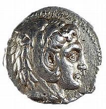 PHILIPUS III, 323 – 317 BCE Silver tetradrachm, 17.3 gr. Obverse: Head of Herakles with lion sk