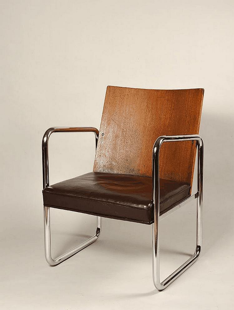 A STEEL, OAK AND LEATHER ARMCHAIR