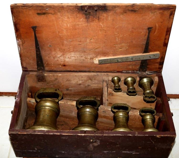 1850 Colony Of Nsw Compliance Weights In Convict Made Box
