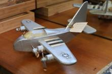 Wooden Model WWII Bomber - 1 propeller A/F