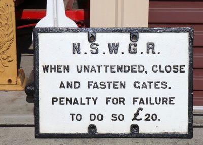 Cast Iron NSWGR Gate Sign £20 Penalty