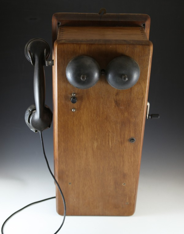 NSWGR wooden signal box phone - appears complete, hand piece A/F