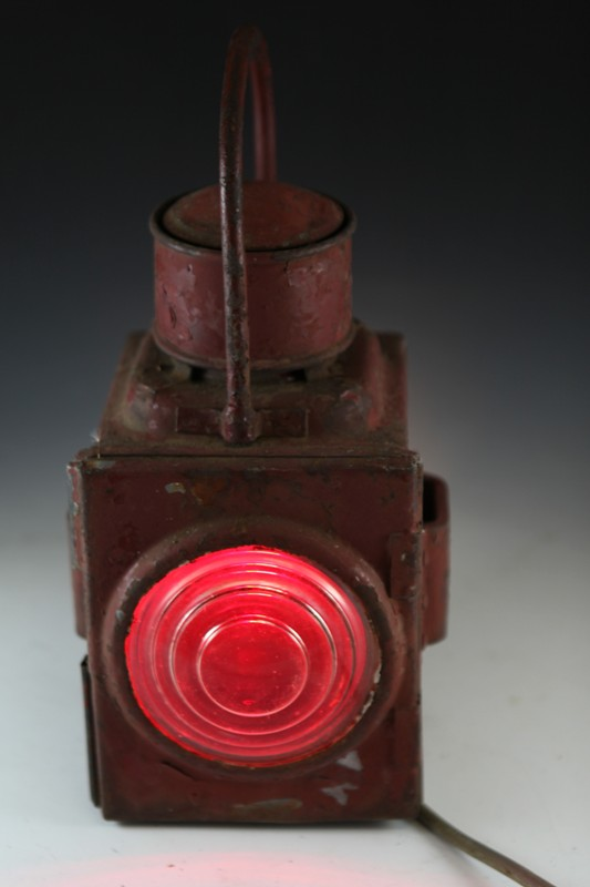 NSWGR steam engine clearance lamp converted to electricity