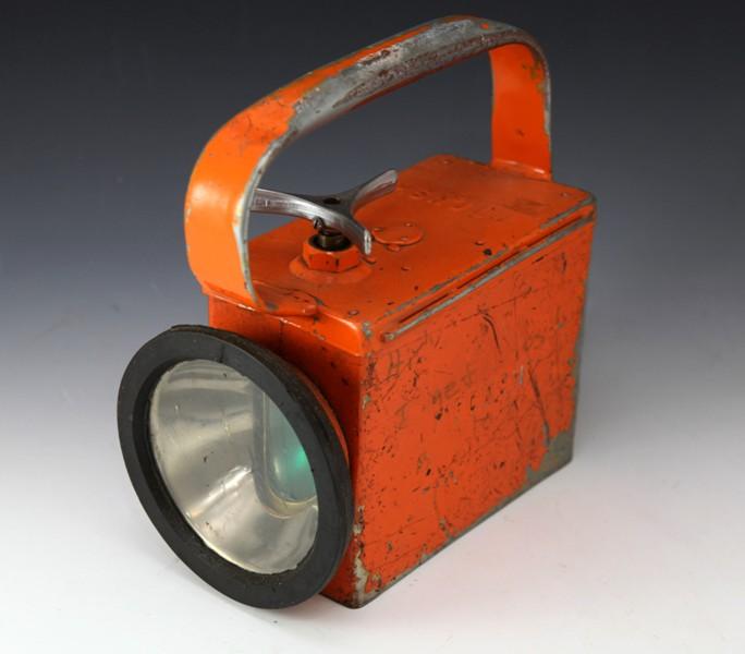 PTC shunters lamp orange battery operated (red tape)