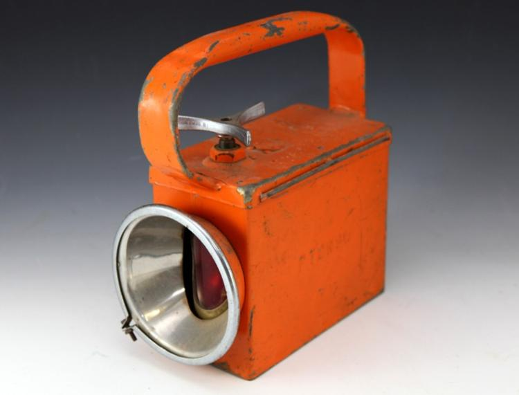 PTC shunters lamp orange battery operated - missing front lens