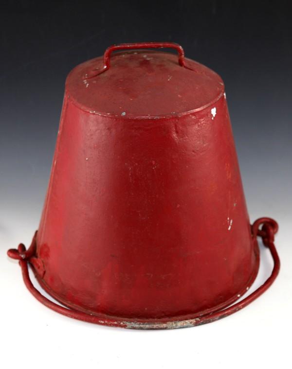 Fire sand bucket