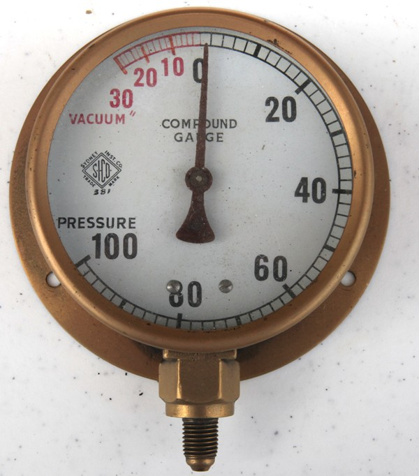 Brass compound pressure gauge