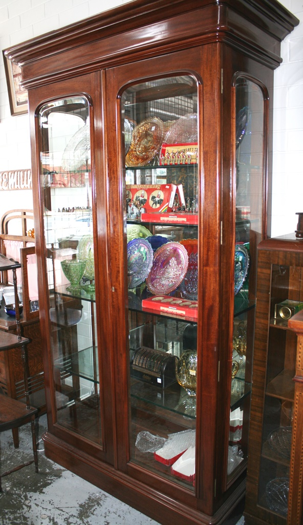 Mahogany Bevelled Glass Display Cabinet With Lights