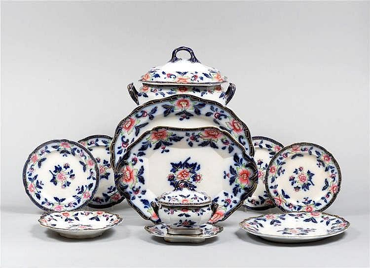 Servizio di piatti in porcellana for Servizio di piatti