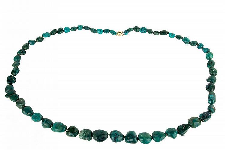 Malachite necklace.