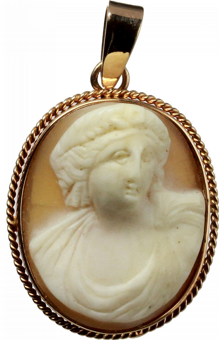 Cameo pendant, early 20th cent.