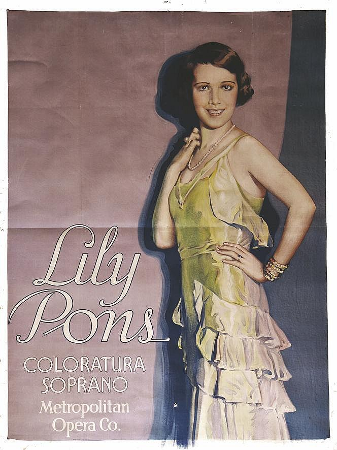 Lilly Pons - Coloratura Soprano Metropolitan Opera Co. ( New York )     vers 1930