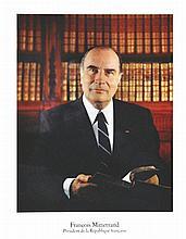 Photo : GISELLE FREUND  François Mitterrand  - Président de la République Française - Photo Officielle     1981
