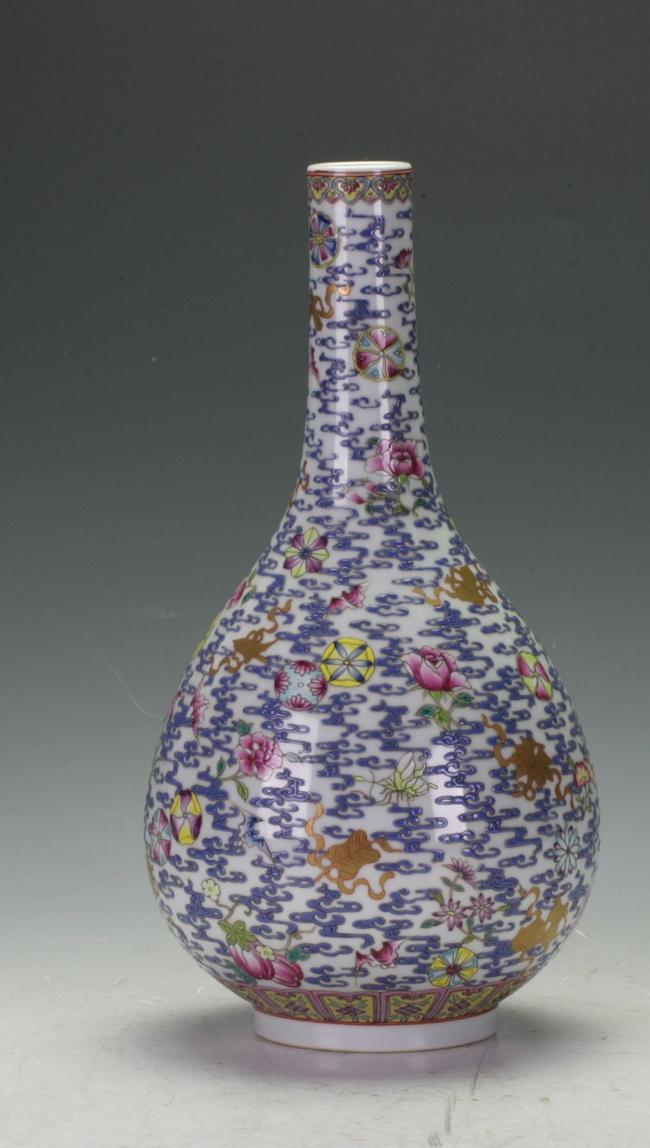 Important Famille Rose Vase