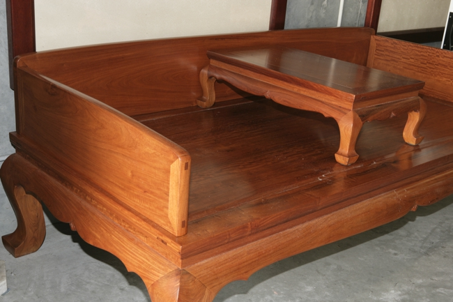 Hardwood Chinese Luhan Bed