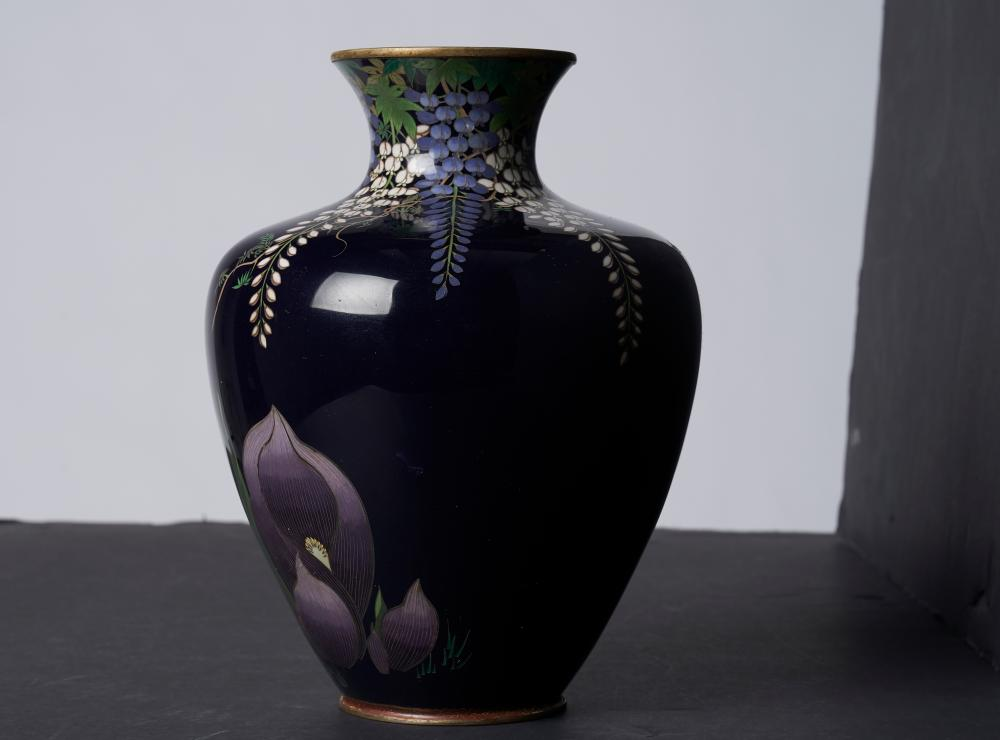 A good quality blue ground cloissone vase, Japanese Meiji period ( 1868-1912)