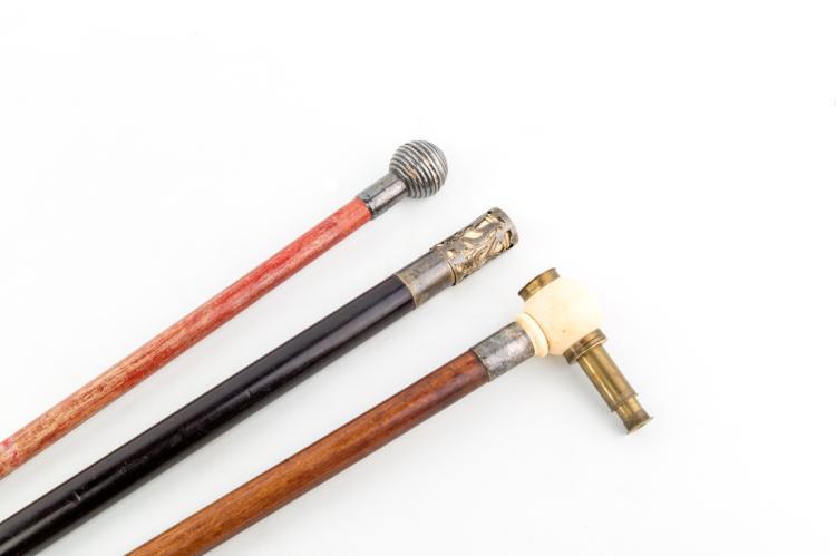 Bastoni da passeggio. | Ancient walking sticks
