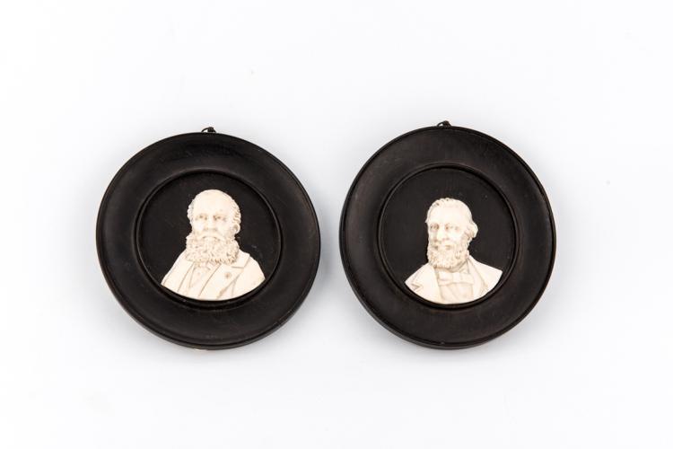Coppia di Bassorilievi in avorio | Presidents of the United States