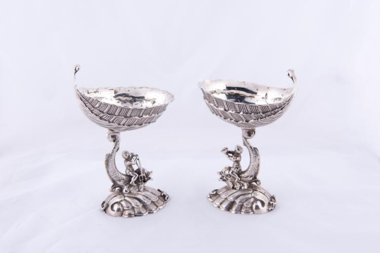 Coppia di alzatine in argento | Pair of Silver Centralpiece