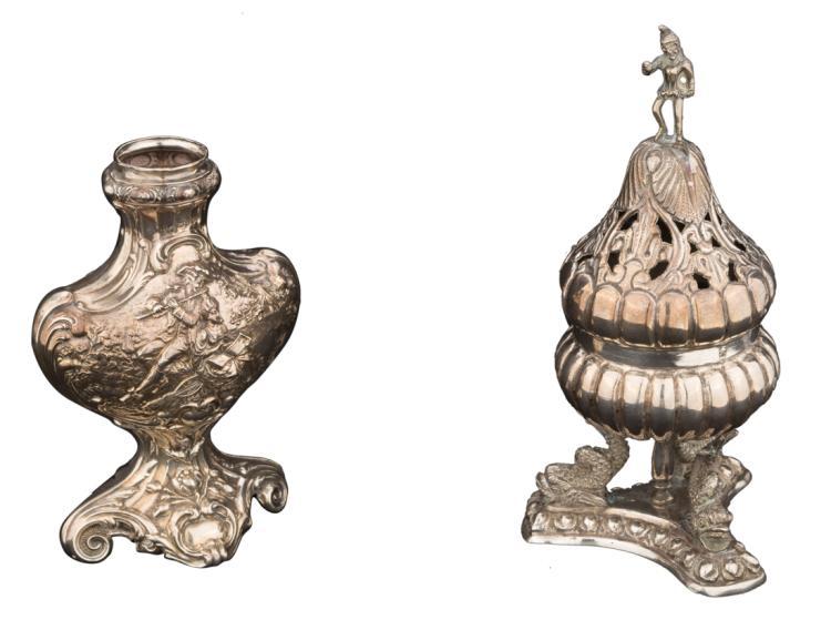 Lotto composto da un incensiere-pot pourri per uso domestico e un vasetto in argento sbalzato | Lot consists of a censer pot-pourri for domestic use and a jar in embossed silver.