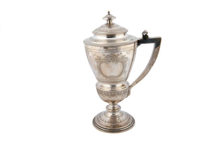 Raffinato pokal in argento | Refined silver pokal