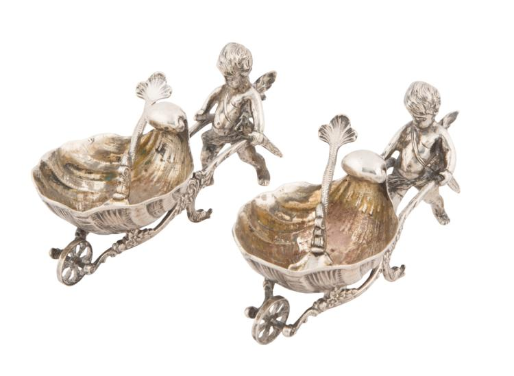 Coppia di saliere in argento | Pair of silver salt cellars