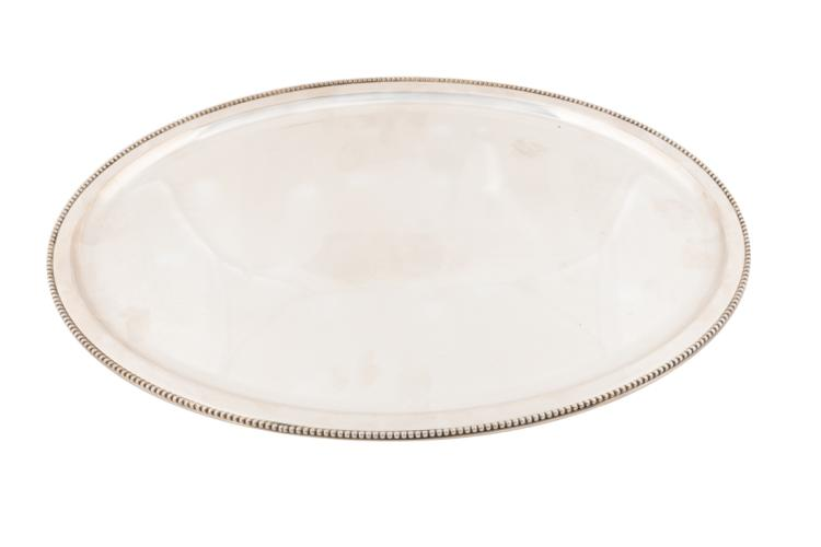 Vassoio ovale in argento | Silver oval tray.