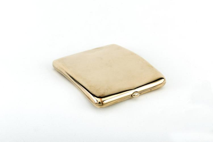 Portasigarette in oro giallo, Londra 1905 | Cigarette case in yellow gold, London 1905