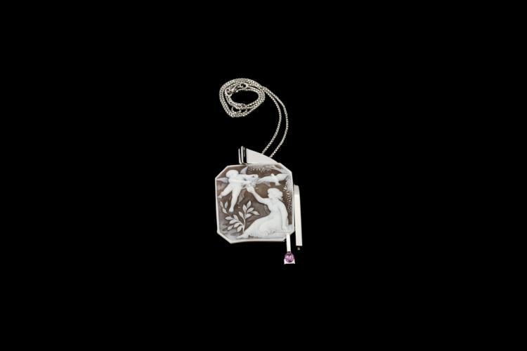 TIZIANO VIGNAROLI Ciondolo in oro bianco con cammeo e zaffiro rosa | White gold pendant with cameo and pink sapphire