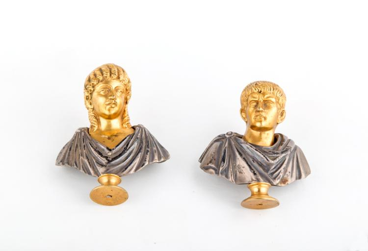 Cleopatra e Giulio Cesare, bronzo argentato | Cleopatra and Julius Caesar, silver bronze