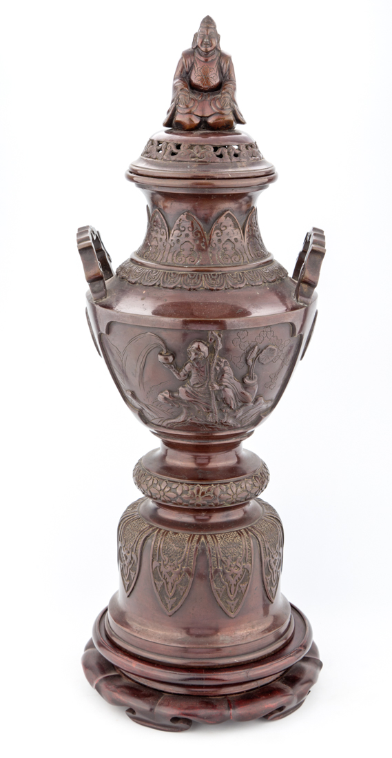 Grande coppa in bronzo con Buddha | Large bronze cup with Buddha