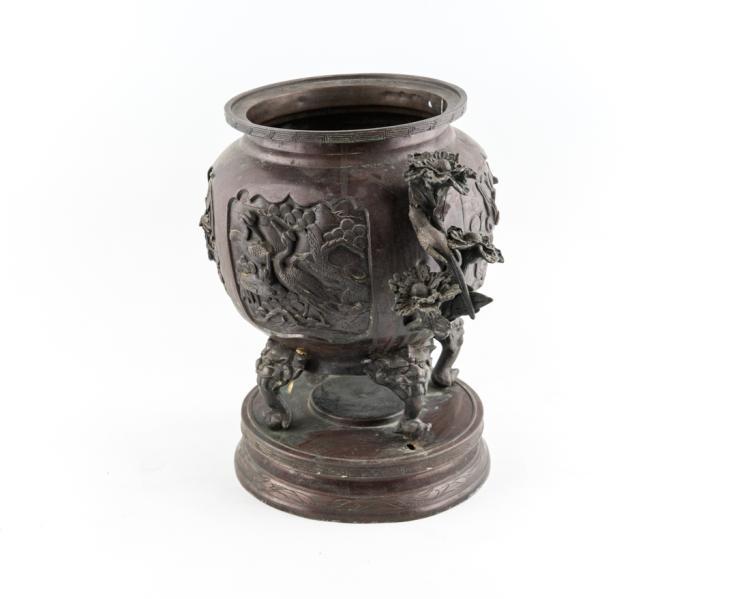Vaso in bronzo giapponese   Japanese bronze vase
