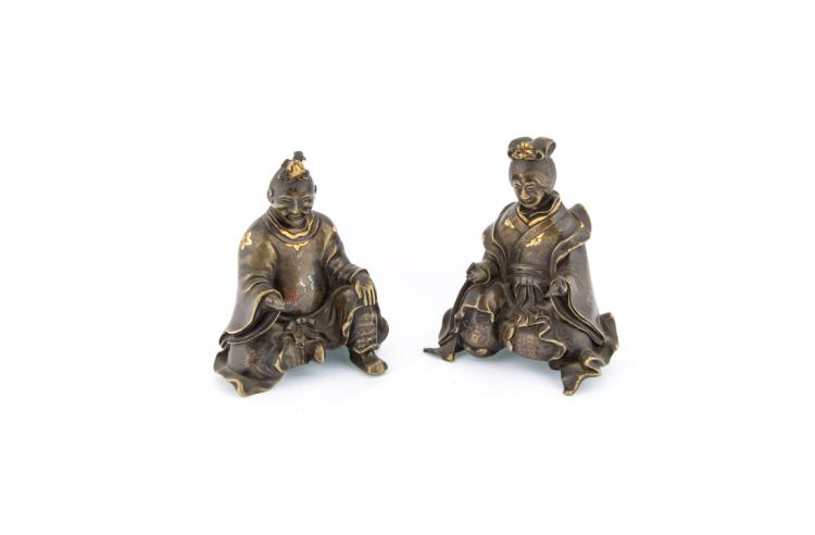 Coppia di figure in bronzo | Pair of bronze figures